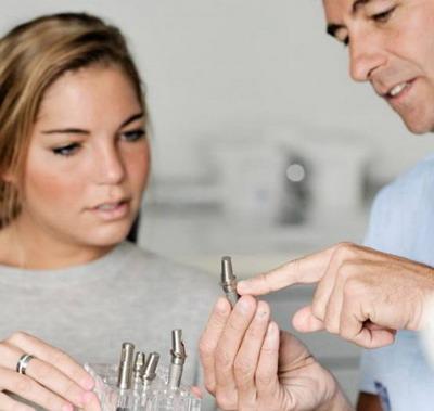 Mitai apie implantus
